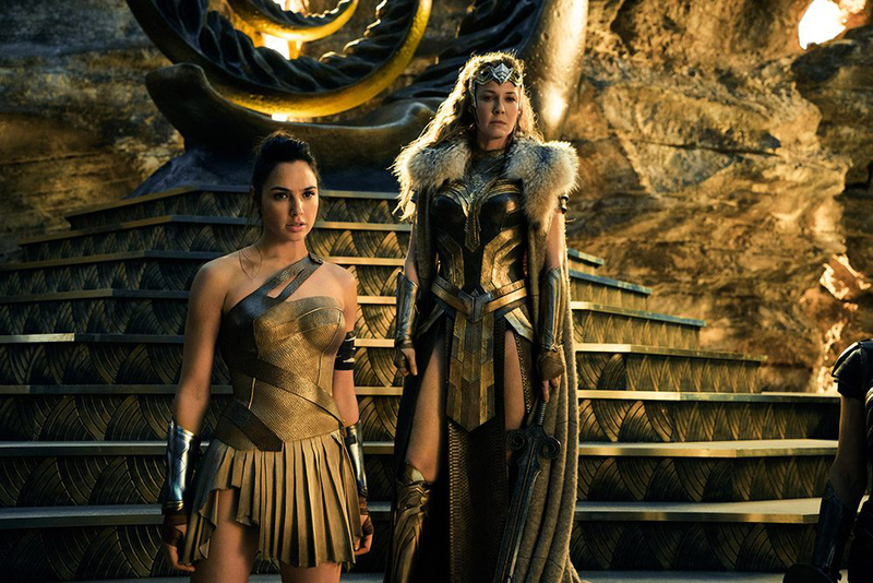 Hemming won the Academy Award for Costume Design for Topsy-Turvy (1999) and the Costume Designers Guild Awards Best Costume Design in a Fantasy Film for The ...  sc 1 st  BeautifulNow & Wonder Woman costume designer Lindy Hemming | Inside Scoop ...